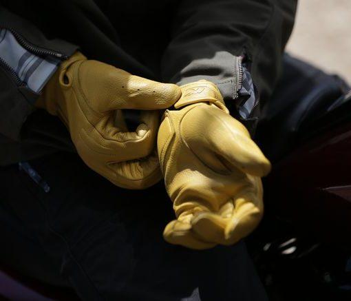 găng tay biltwell